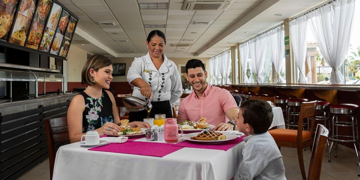 Casa Mia Dining Option In Loreto