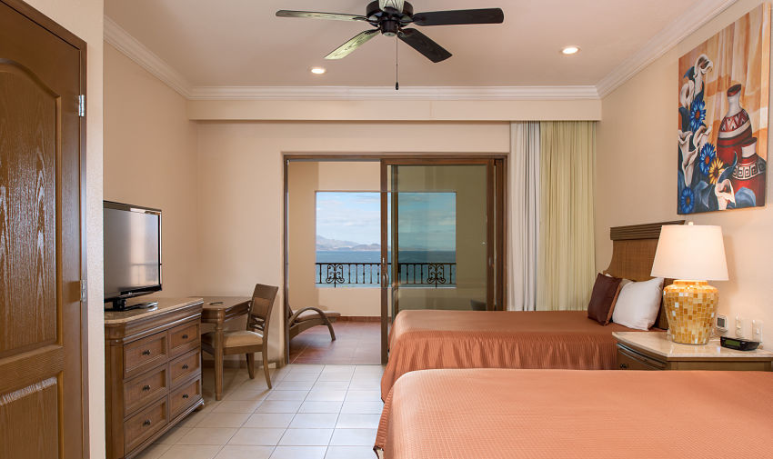 Deluxe Suite Villa del Palmar Beach Resort & Spa at the Islands of Loreto