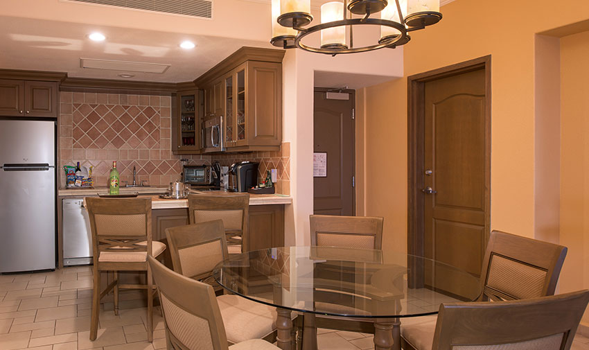 Penthouse Ambassador de Dos Recámaras Villa del Palmar Beach Resort & Spa en las Islas de Loreto