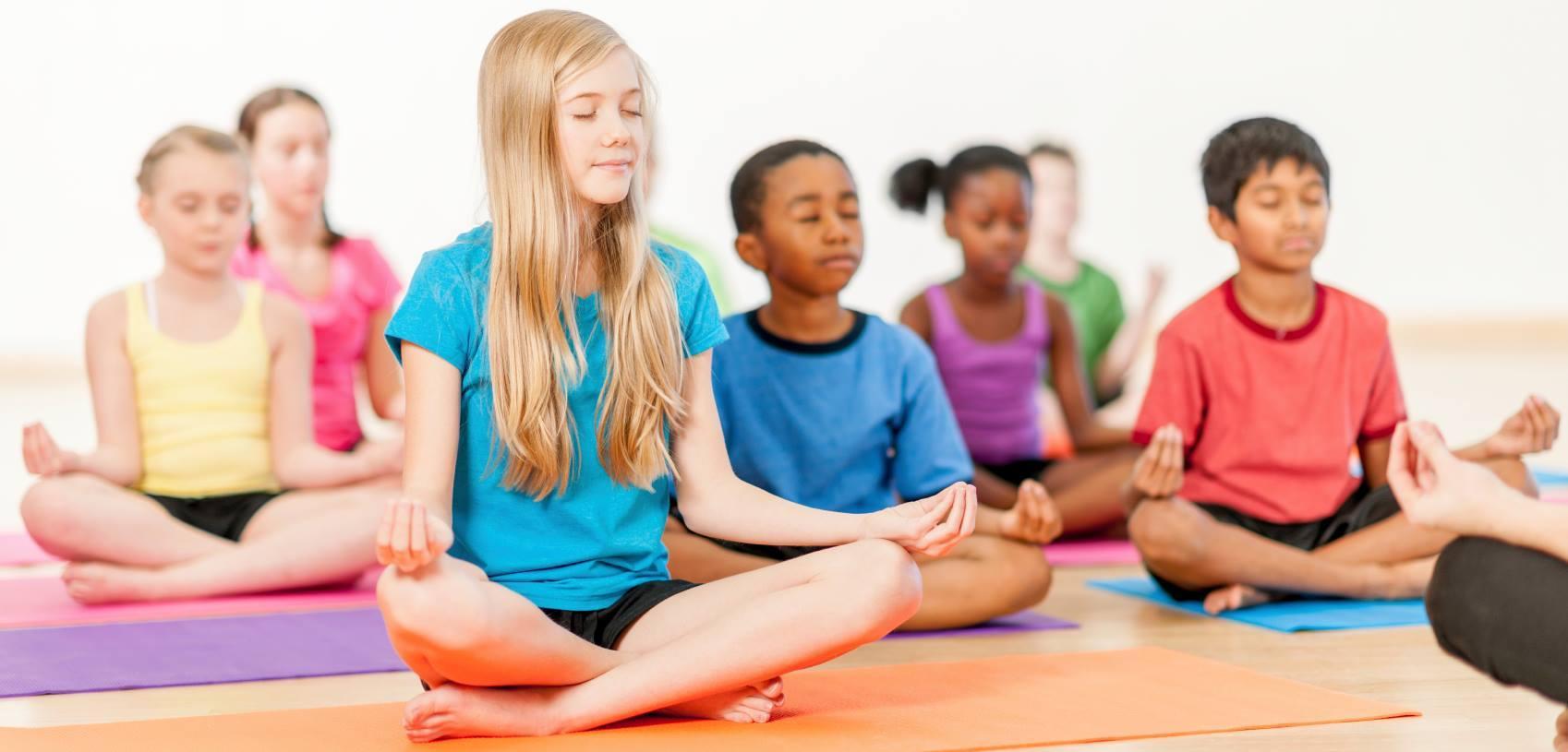 Villa Del Palmar Loreto Kids Yoga